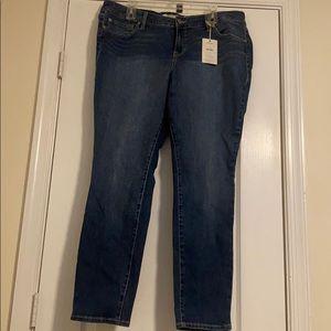 Torrid Skinny Denim Jean NWT Size 18